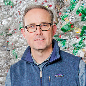 As Prices Fall, Recyclers Add Clean to Being Green