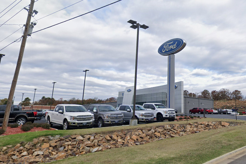 Red River Ford >> Red River Dips South To Cabot Dealership Arkansas Business