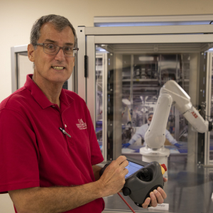 Tyson Donates $50K Robot to UA's Bumpers College