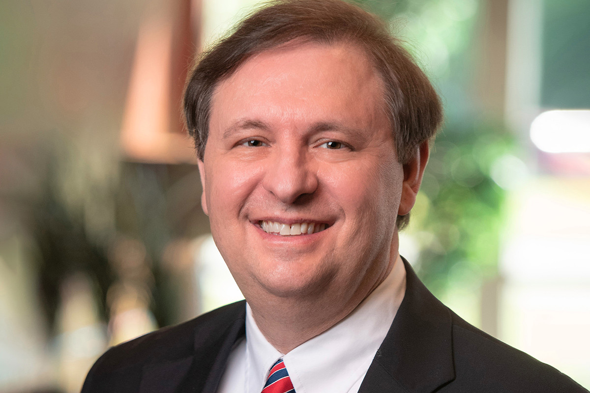 Jeff Dixon, senior vice president and employee benefits manager at Bank OZK.