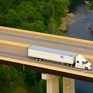 USA Truck CEO Paid $1.4M in Total Compensation in 2014