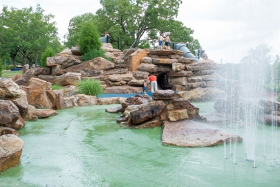Cool Down: 9 Family Water Parks and Splash Pads in Arkansas