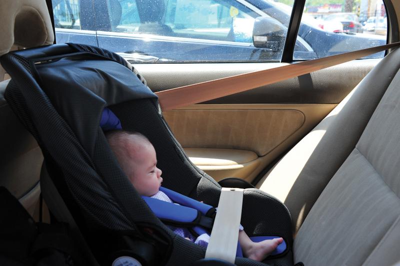 Baby car seat hot car window