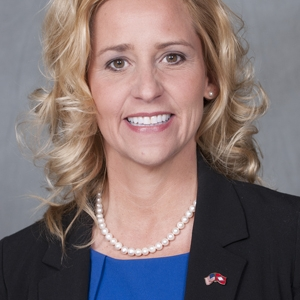 County Clerk Cancels Leslie Rutledge's Voter Registration