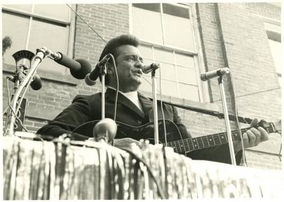 Johnny Cash Exhibit Opens in Little Rock Oct. 10