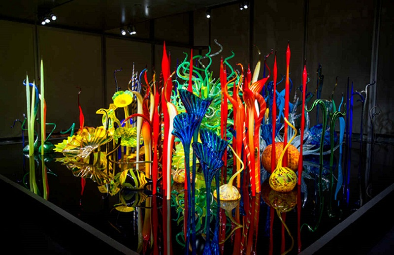 Last Chance To Experience Dale Chihuly Exhibit At Clinton