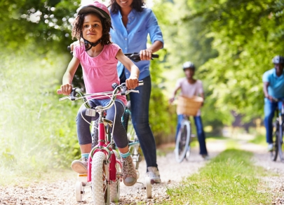 4 Playful Ways To Exercise as a Family