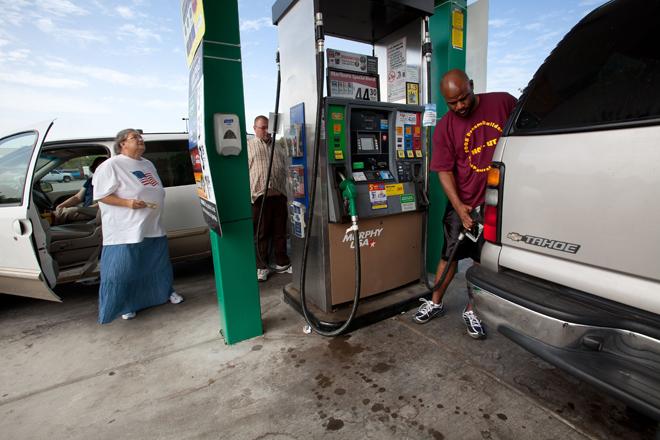 US Gas Prices Rise 22 Cents per Gallon