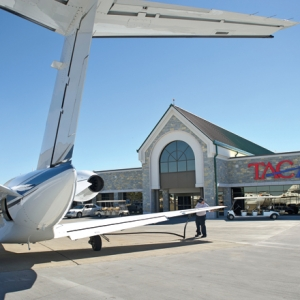TAC Air Lands Long-Term Deal at Clinton National Airport