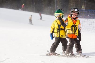 Spring Break: 3 Safety Tips for Family Ski Trips