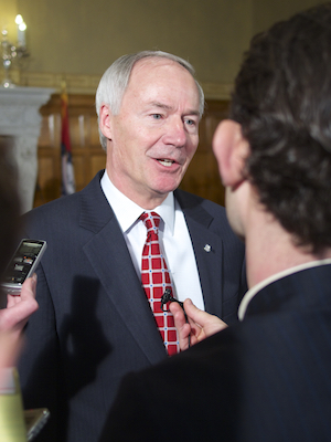 Arkansas Session Tests Hutchinson for Future Fights (Andrew DeMillo Analysis)