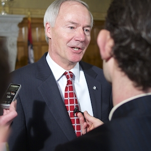 Religion Bill Previews Rifts Governor Faces (Andrew DeMillo Analysis)