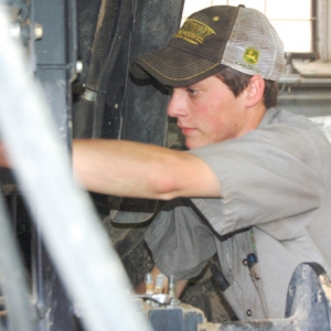 Tech Keeps Mechanics in the Know