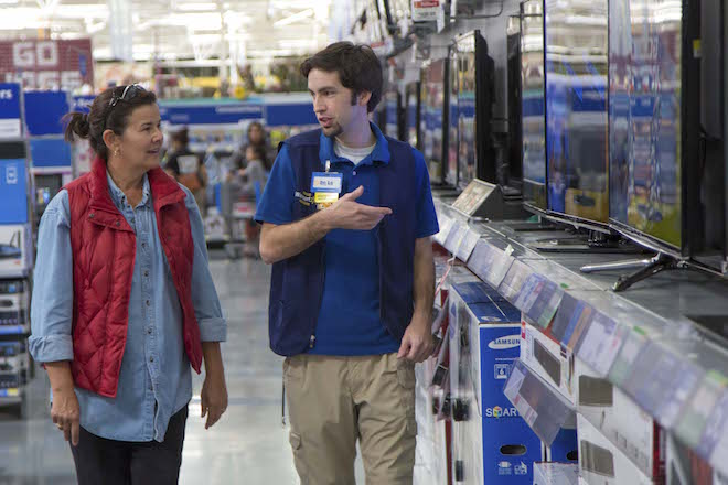 Wal-Mart Cutting Back on Hours for Workers at Some Stores