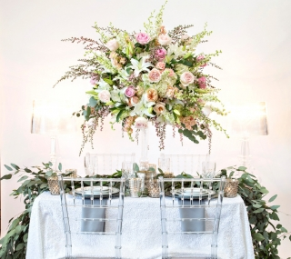 Serving Up Style: Metallic Tablescape by Jules Design, Fayetteville