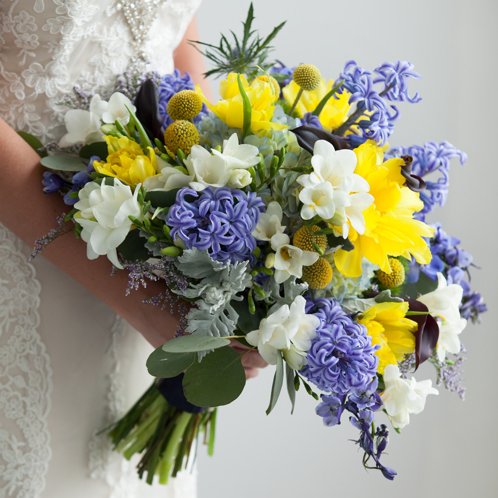 Wedding bouquets the finest floral arrangements from 13 great wedding bouquets the finest floral arrangements from 13 great arkansas florists dhlflorist Choice Image