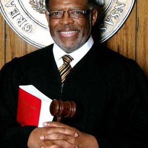 Longtime Circuit Judge LT Simes Dies at 65