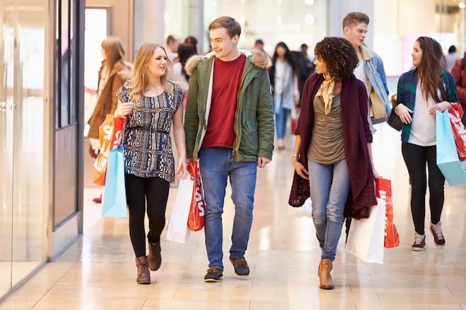 US Retail Sales Fell in March, Second Straight Monthly Drop