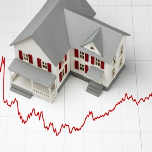 US Long-Term Mortgage Rates Fall; 30-Year Average at 3.82%