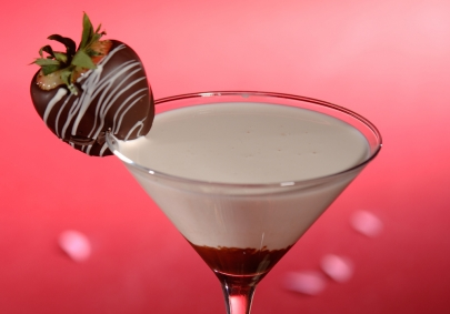 Greet Valentine's Day With These Two Cocktail Recipes