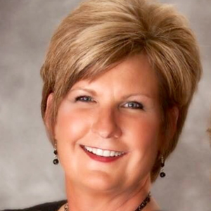 Tammy Tompkins New Mortgage Manager at First Arkansas Bank & Trust (Movers & Shakers)