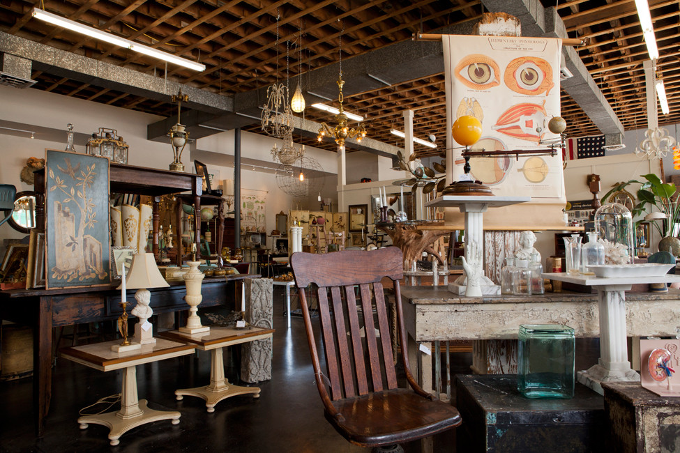 How To Antique In Little Rock According To Local Design Experts