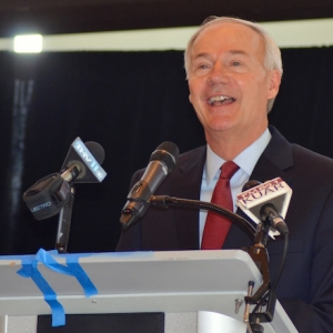Arkansas Tax Cut Plan Sets Stage for '19 Debate (Andrew DeMillo Analysis)