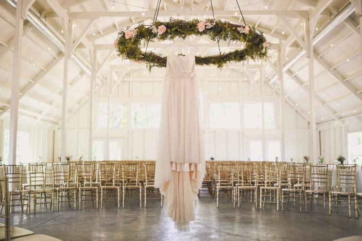 New Venue Alert: The Kindred Barn - Arkansas Bride