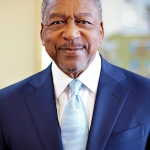 BET Founder Robert Johnson Aims to Help Others With Good Ideas