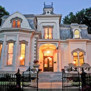 Villa Marre Sold for $463K to Lawyer, Former Legislator