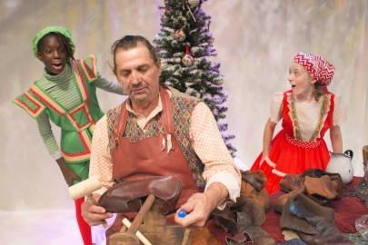 Go See 'The Elves and the Shoemaker' at Arkansas Arts Center Theatre