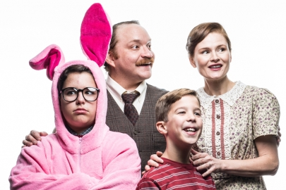 Review: The Rep's 'A Christmas Story' a Charming Lesson in Retelling Iconic Stories