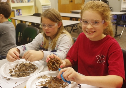 Send Kids to Science Camp Over Winter Break