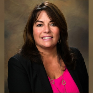 Wendy Russell Managing Doubletree Sales & Marketing (Movers & Shakers)