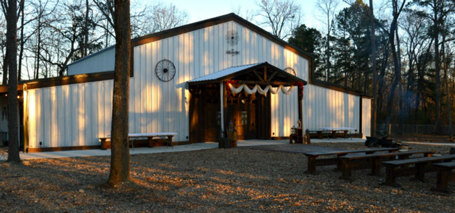 Always & Forever Wedding Barn - Alexander, AR
