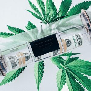 As Marijuana Industry Beckons, Banks Just Say No