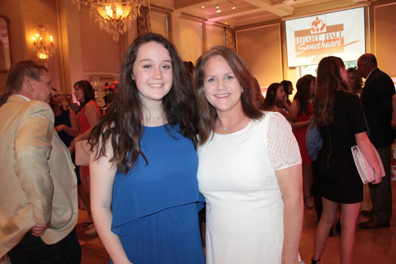 Allie Mooney, Jennifer Mooney