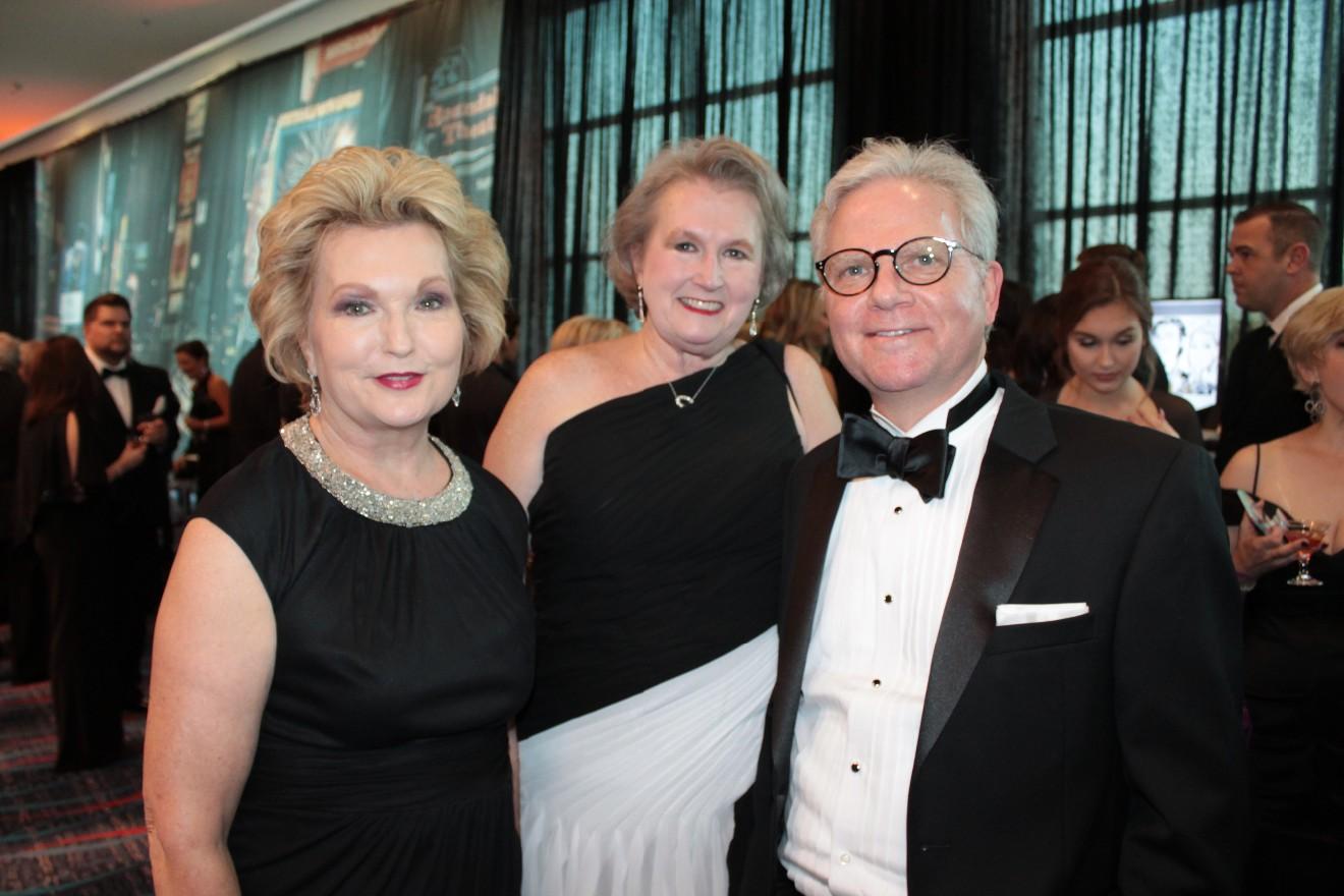 Susan Hutchinson, Jo Smith, Dr. Steppe Mette