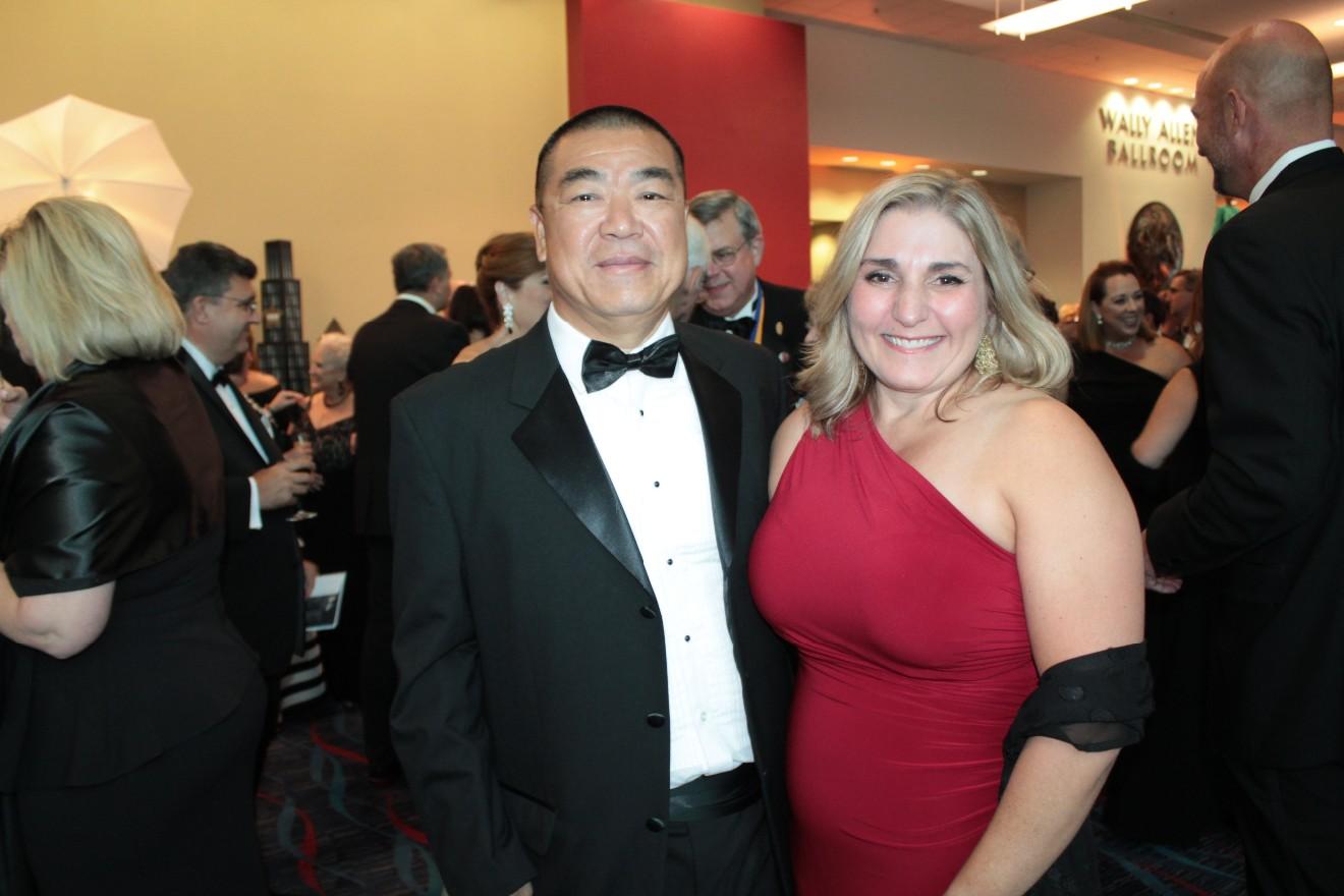 Johnnie Chung, Jennifer Hunt