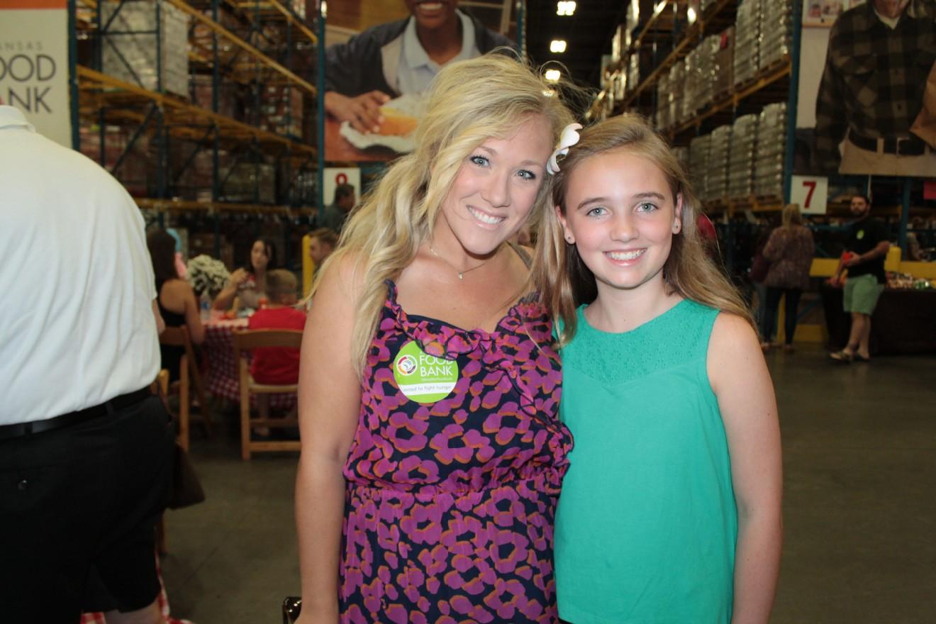 Brittany Holt, Lauren Grotte