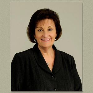 Elizabeth Ellis Switches to Stone Bank (Movers & Shakers)