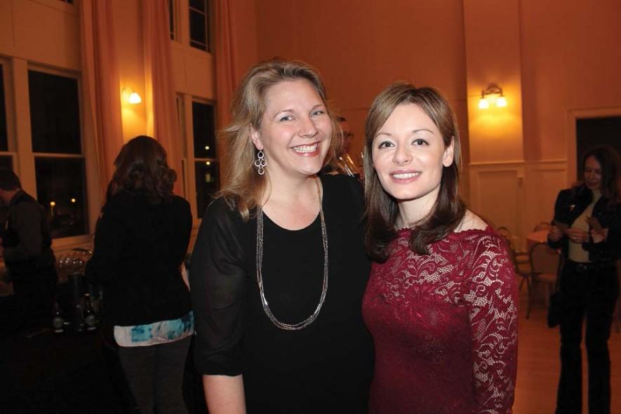 Beth Wells, Karen Tricot Stewart