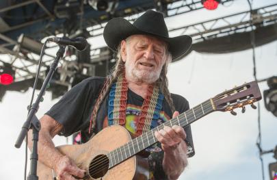 Willie Nelson to Headline Outlaw Music Festival Tour at Verizon Arena
