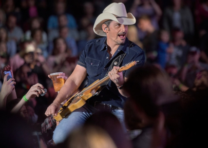 Photos: Brad Paisley at Verizon Arena