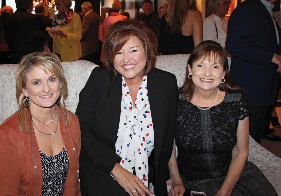 Susan Menefee, Lynn Lucy, Theresa Dodson