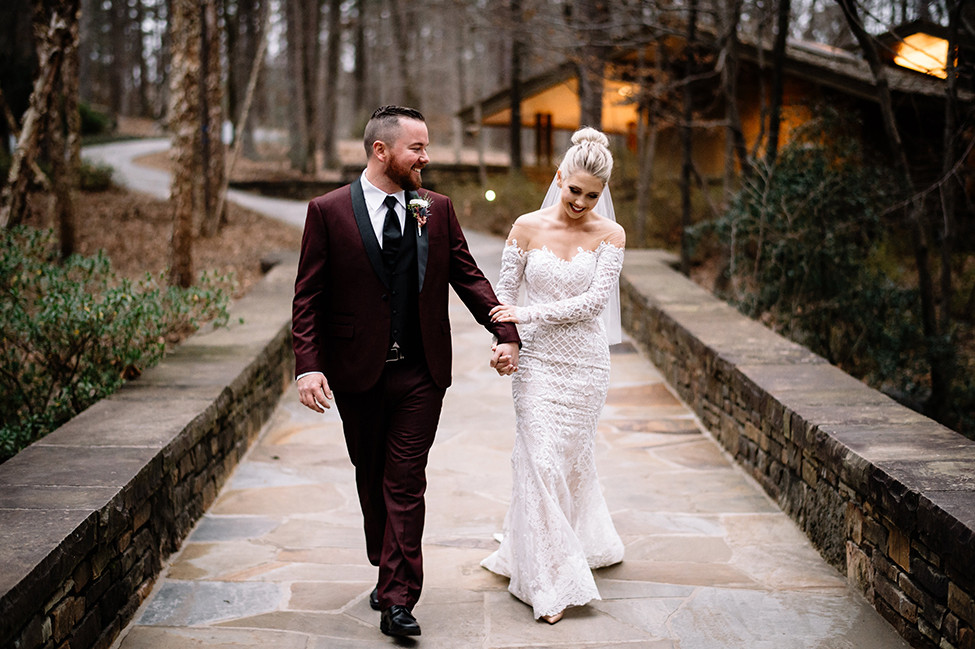 08664e2dc2e2 Real Hot Springs Wedding: Cynthia Thompson & Jakeb Durham