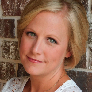 Fayetteville Dietitian Catherine Wilmoth Earns IAEDPF Certification (Movers & Shakers)