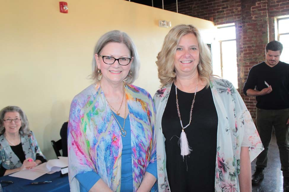 Stephanie Swann, Tammy Keech
