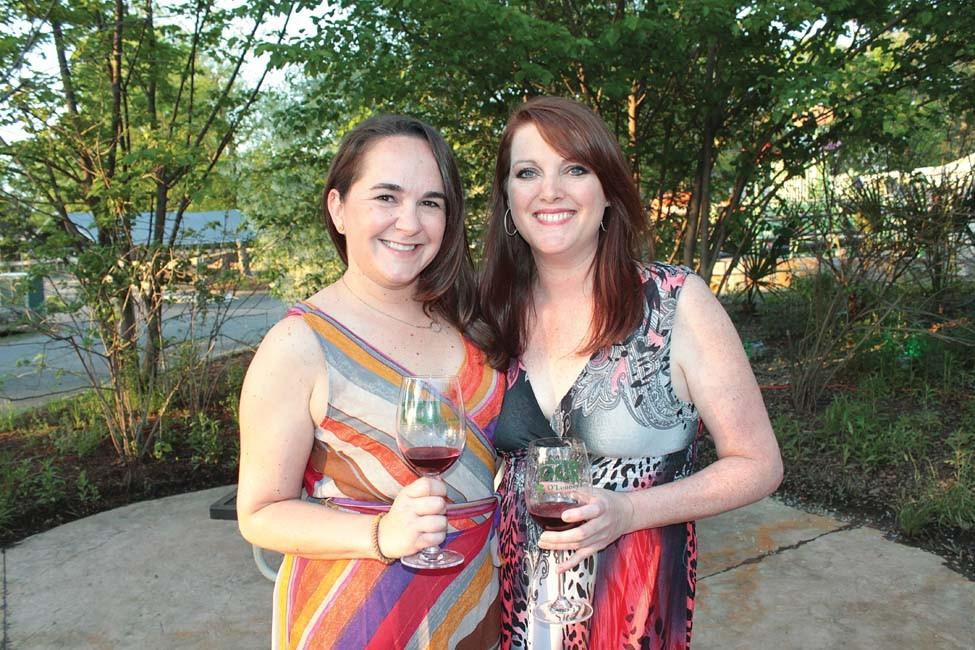 Kelly Rigby, Lauren Landers